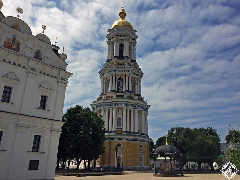 كييف - برج لافرا بيل الكبير 2