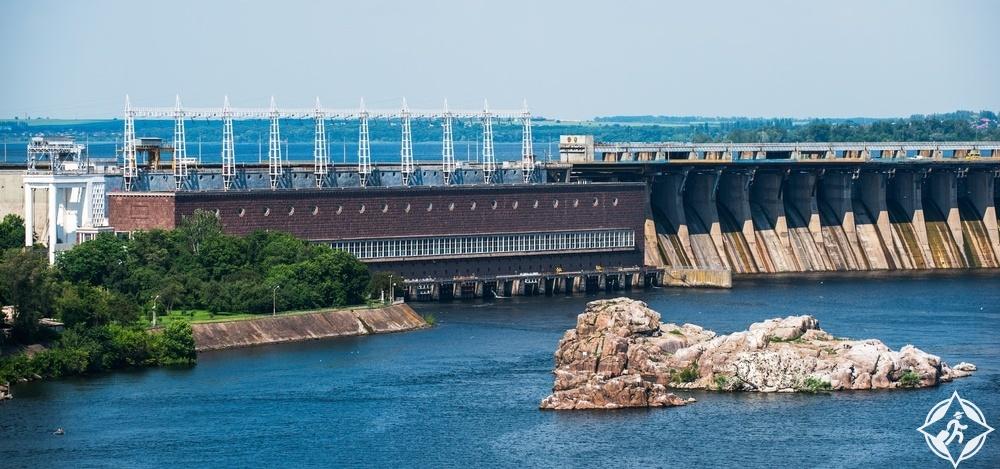 زاباروجيا - محطة دنيبر للطاقة الكهرومائية