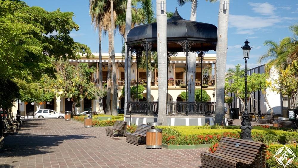 مازاتلان - ساحة ماتشادو