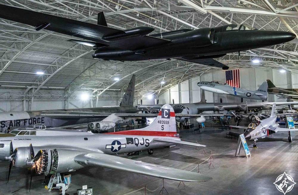 نبراسكا - متحف الطيران والفضاء الاستراتيجي