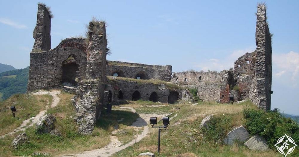 ديفا - أطلال قلعة ديفا