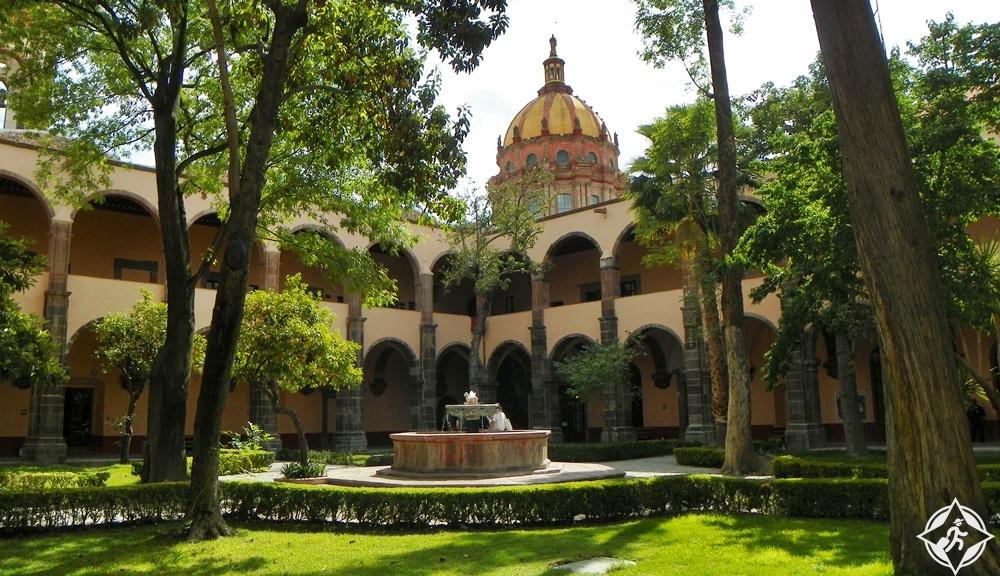 سان ميغيل دي الليندي - المركز الثقافي المكسيكي للفنون الجميلة