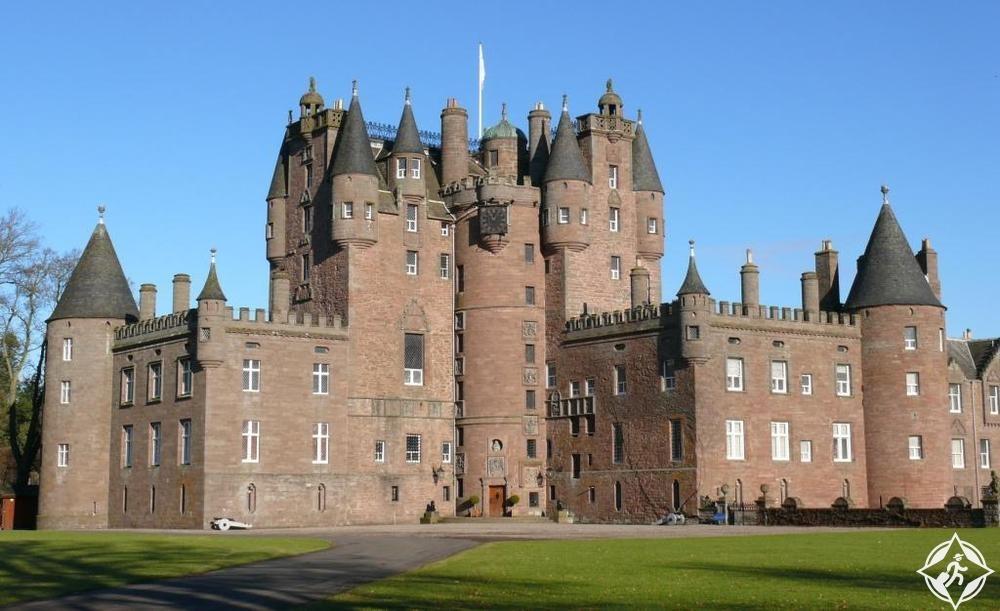 القلاع في اسكتلندا - قلعة جلاميس