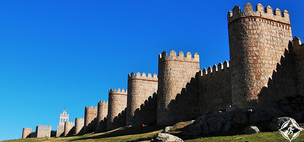 أفيلا - جدران المدينة