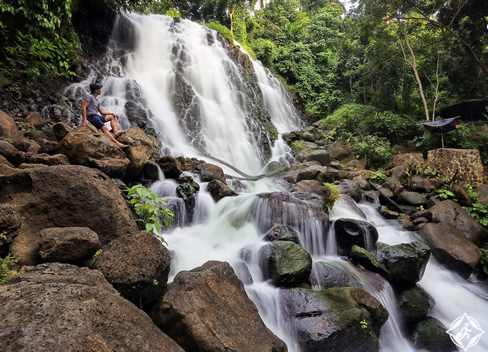 الشلالات في الفلبين - شلالات ميمبالوت