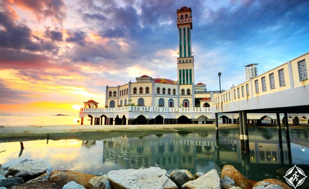بينانج - المسجد العائم تانجونج بونجا