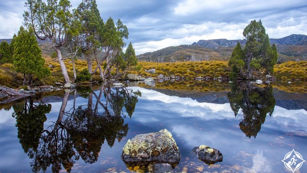 تسمانيا - حديقة جبل وبحيرة كرادل سانت كلير الوطنية