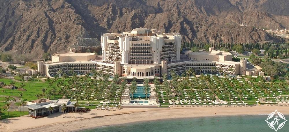 أفخم الفنادق في مسقط - قصر البستان