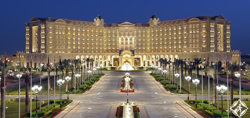 الفنادق الفاخرة في الرياض - فندق ريتز كارلتون الرياض