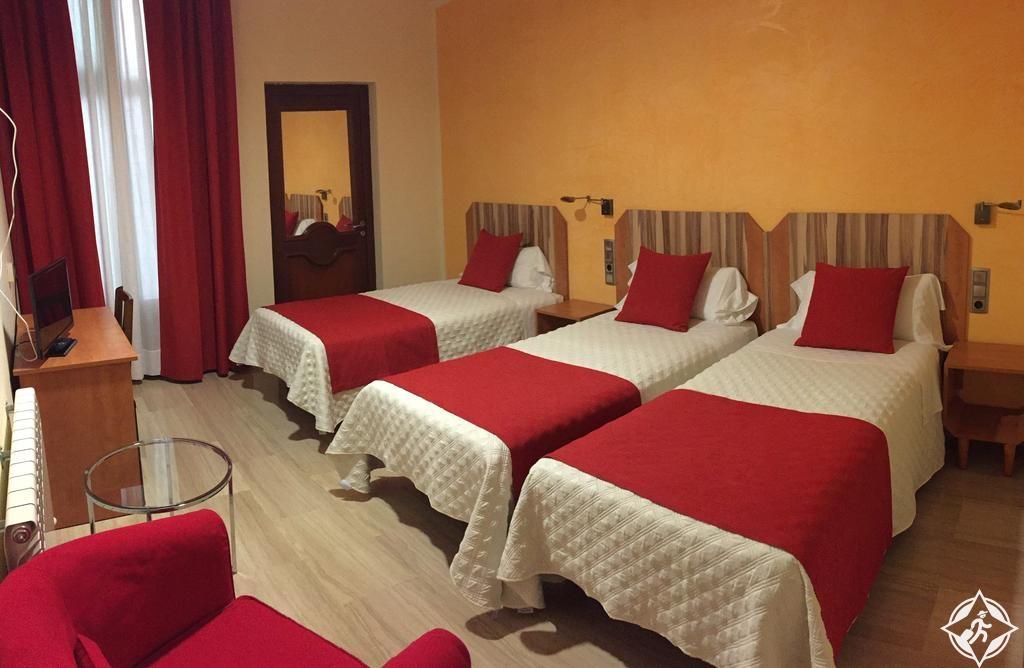 الفنادق في برشلونة - فندق ألبا