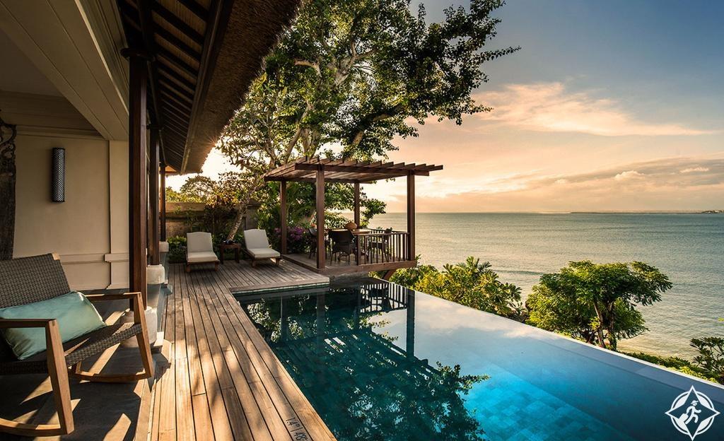 فنادق شهر العسل في بالي - منتجع فور سيزونز بالي في خليج جيمباران