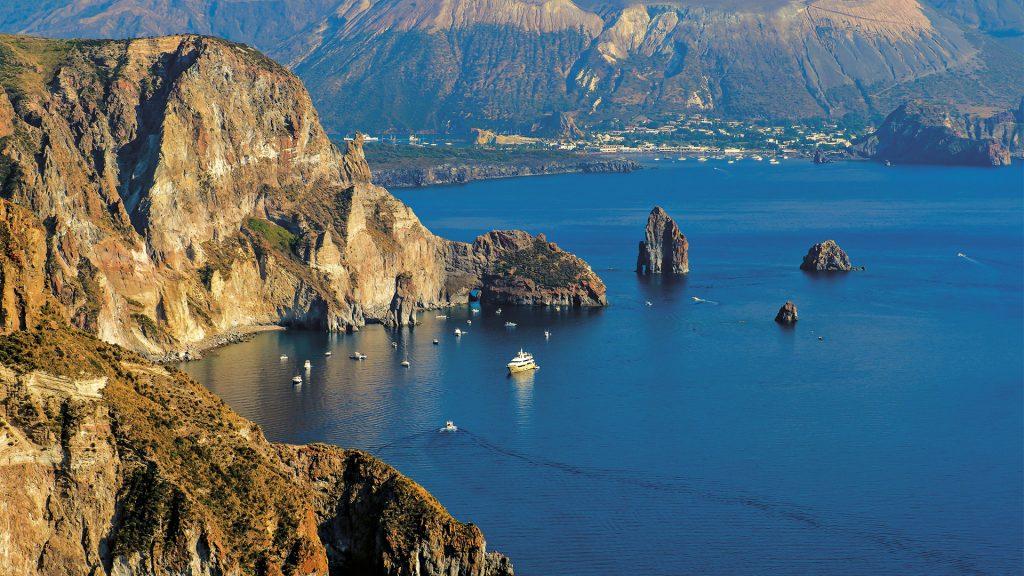 الجزر الإيولية