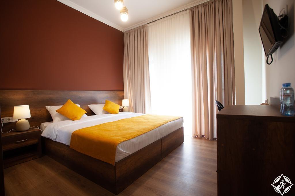 الفنادق الاقتصادية في تبليسي - فندق الجادة 106