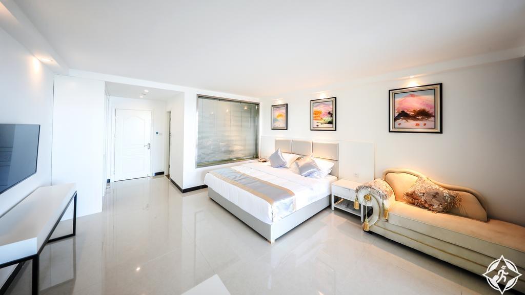 الفنادق في بالاو - فندق اوشن ستار