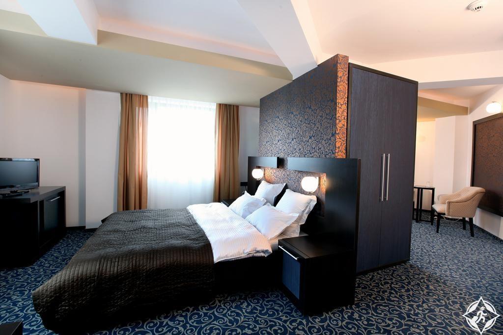 الفنادق في بوخارست - فندق امبيانس