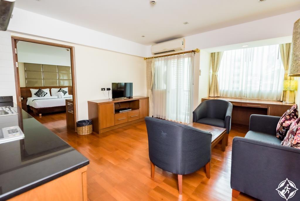 الفنادق الاقتصادية في بانكوك - بالي سويت سوكومفيت