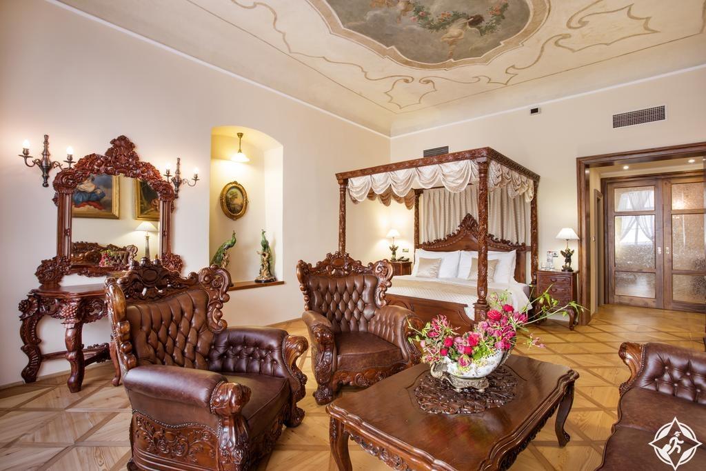 الفنادق في براغ - فندق وأجنحة البوابة الحديدية