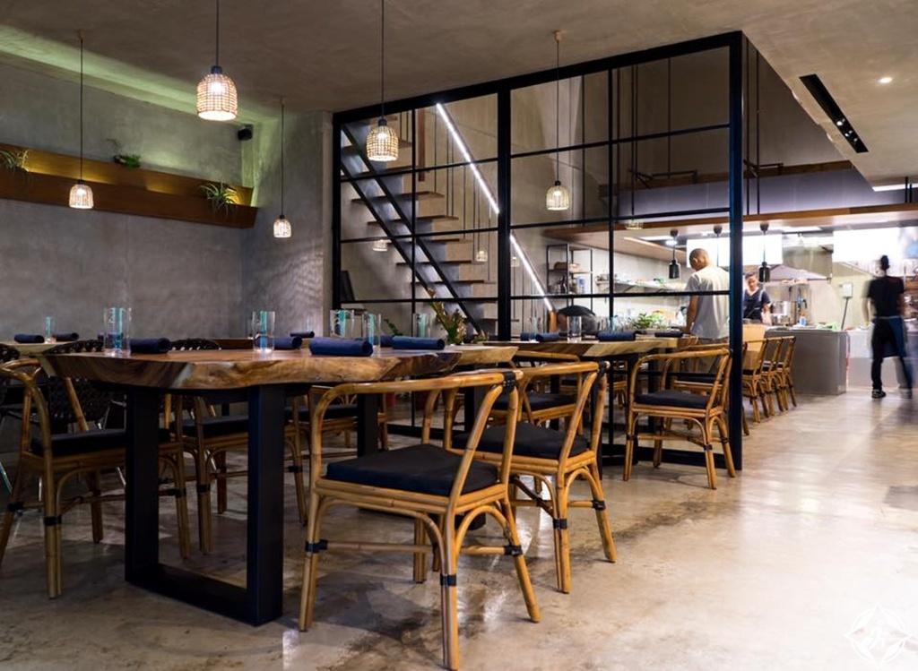 المطاعم في ماكاتي - ذا تويو ايتري